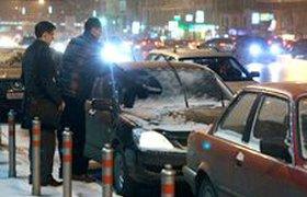 ДТП, пробки и очереди в шиномонтажные - итог первых снегопадов в Москве