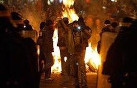 Национальная забастовка во Франции закончилась беспорядками. Фото