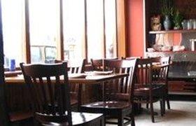 Рестораны, химчистки и казино перешли на кризисный паек