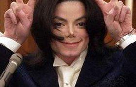 Майкл Джексон возвращается на сцену, чтобы заработать на жизнь
