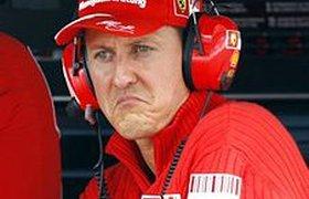 """Шумахер передумал возвращаться в """"Формулу-1"""" из-за боли"""