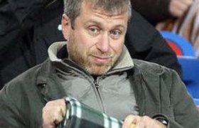 Абрамович попросил УЕФА ограничить траты на игроков