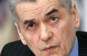 Онищенко тоже против торговли алкоголем ночью и пива в киосках