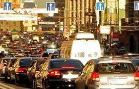 Транспортный налог предлагают включить в стоимость бензина