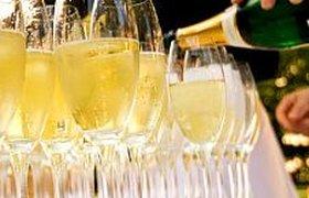 Во Франции резко упали цены на шампанское