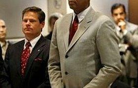 Личный врач Майкла Джексона не признал себя виновным и отпущен под залог. ВИДЕО