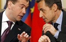 Медведев и Саркози обменялись кораблями и ракетами