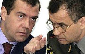 """Медведев попросил Нургалиева разобраться с серверами """"Агавы"""""""