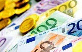 Греческие проблемы столкнули евро глубоко вниз