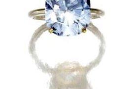 Голубой бриллиант продан за $8 млн на аукционе Sotheby's