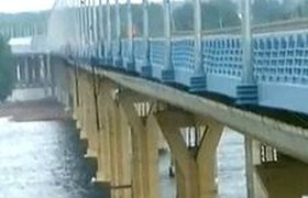 В Волгограде новый мост раскачивается как веревочный. ВИДЕО
