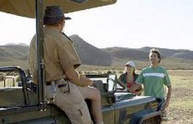 Топ-менеджер банка бросил работу, чтобы возить туристов на сафари