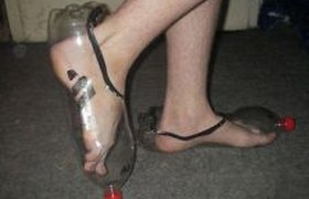 Обувь из бутылок