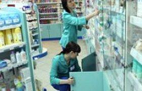 """Дресс-код аптечной сети """"36,6"""" обязывает сотрудниц носить чулки круглый год"""