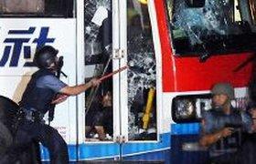Преступник, захвативший автобус с туристами, убит в ходе штурма. ВИДЕО