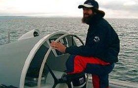 Судно знаменитого путешественника Конюхова тонет в Индийском океане. ВИДЕО