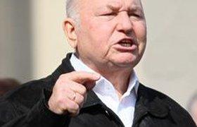 Телеканалы продолжат информационную борьбу против Лужкова в выходные