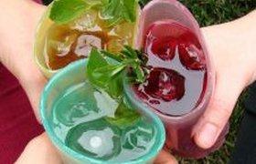 Жевательные стаканы для офисной вечеринки