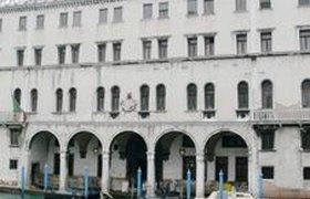 Венецианское палаццо XVI века превратится в универмаг Benetton