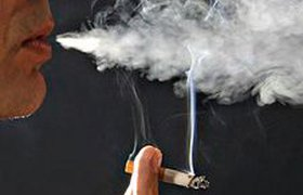 """Надписи на сигаретных пачках """"Курение убивает"""" не влияют на курильщиков"""