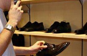 Продавцы обуви переориентируются с мужчин на женщин