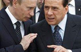 """Путина обвиняют в """"откатах"""" Берлускони за сделки. ВИДЕО"""