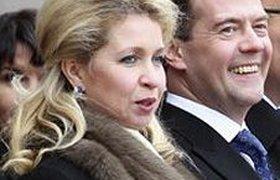 Светлана Медведева оказывает влияние на супруга за кулисами, пишет Wikileaks. ФОТО