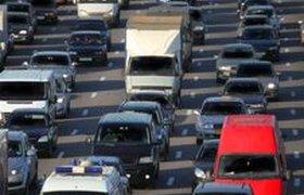 Запрет грузовикам въезжать на МКАД только увеличит пробки