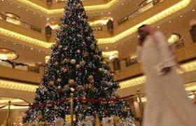 Отель в ОАЭ установил самую дорогую елку в мире. ФОТО