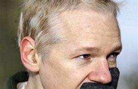 Джулиан Ассанж не верит в справедливость суда в Швеции
