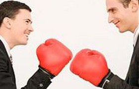 Друзья в фирмах-конкурентах есть у 42% сотрудников