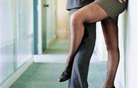 Каждый второй сотрудник имеет сексуальный опыт в стенах офиса
