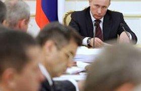 Путин выступил против резкого роста акцизов на табак и алкоголь