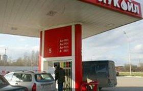 Реальные цены на бензин выше ценника на АЗС