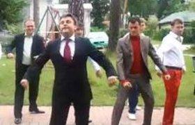 """Танец Медведева от команды КВН """"ПриМа"""""""