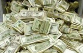 """10% самых """"дорогих"""" СЕО заработали от 23% общей суммы компенсации глав 300 крупнейших компаний США"""