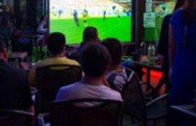 Средний чек в российских барах, где показывают матчи чемпионата мира по футболу, - 600 рублей