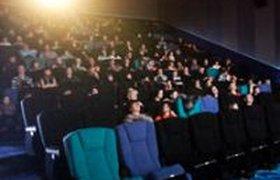 Только 14% россиян смотрят новые фильмы в кинотеатрах