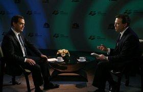 Политолог: чтобы остаться у власти, Медведев отказывается от имиджа либерала
