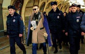 Прокуратура просит 10 лет, или новые приключения Алексея Навального