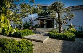 Абрамович купил в Израиле гостиницу, чтобы сделать из нее дом для своей семьи