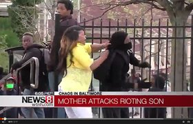 Вирусное видео из Балтимора: тот момент, когда мама застала тебя в толпе протестующих