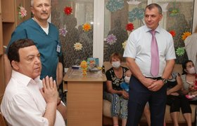 Пользователи соцсетей вспоминают Высоцкого и снова возмущены высказыванием Кобзона