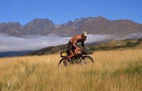 Философия американца, который работает по 6 месяцев, живет на $10 и путешествует на велосипеде