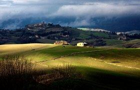 Вакансии дня: художник и писатель в The Siena Art Institute`s в Тоскане