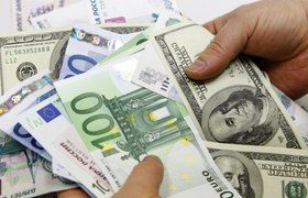 Впервые с февраля евро вырос до 73 рублей
