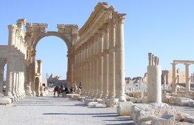 ИГ уничтожило 2000-летнюю триумфальную арку в Пальмире