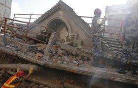 В результате землетрясения в Азии погибли более 360 человек