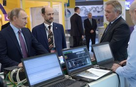 """В соцсетях обсуждают речь Чубайса на корпоративе """"Роснано"""" и как Путин выбрал советника по интернету"""