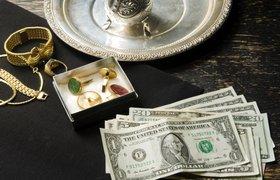 Россияне сдали рекордное количество золота в ломбарды в 2015 году